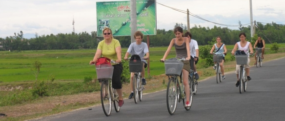 Getting to the ancient town of Hoi An