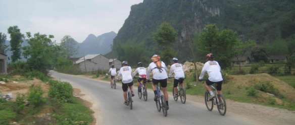 Travel to Ninh Binh